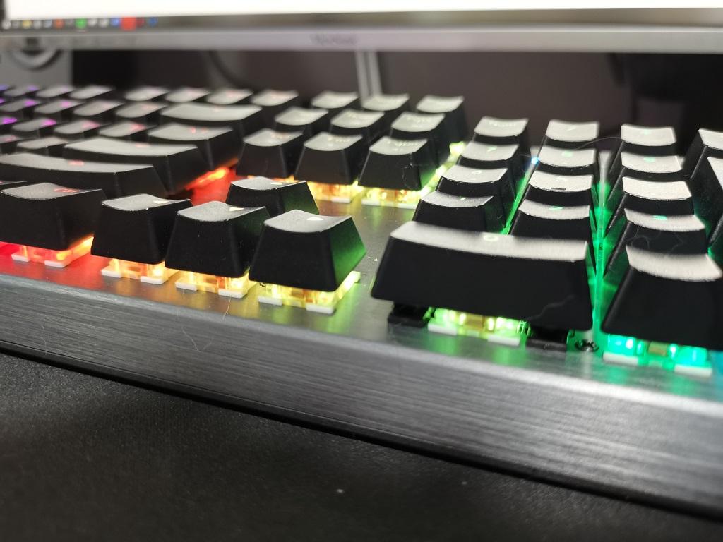 Cooler Master CK350, Keyboard RGB Harga Menarik