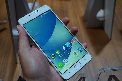 Menjajal Singkat ASUS ZenFone 4 Max Pro