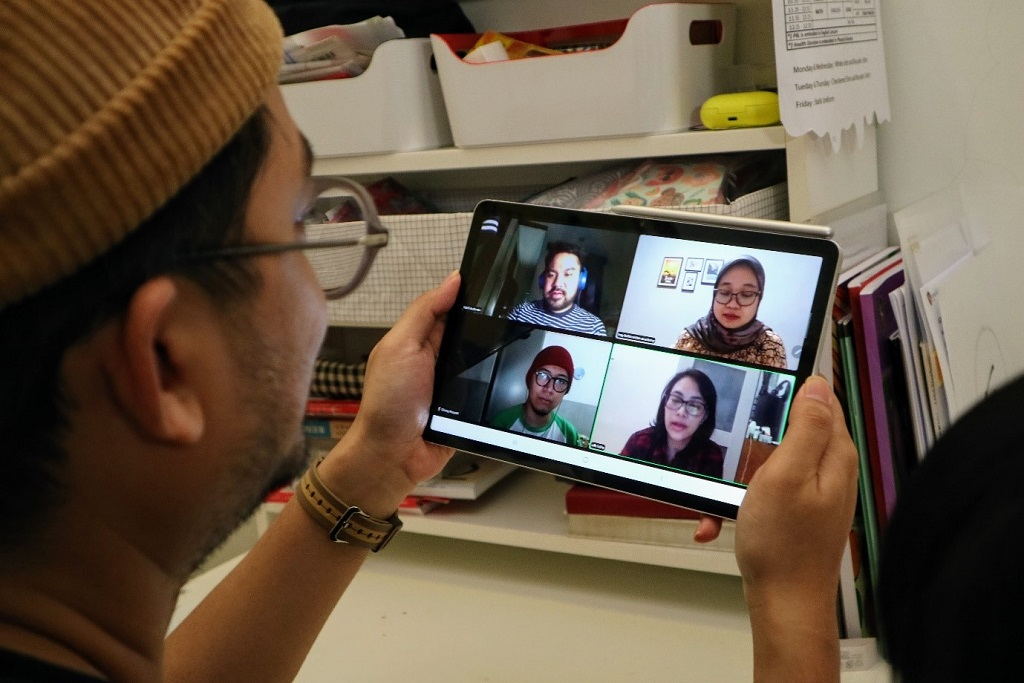 Meeting dan Sekolah Online Nyaman Pakai Samsung Galaxy Tab S7