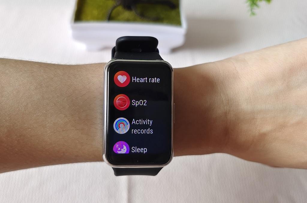 Huawei Watch Fit Elegant Edition, Elegan, Bermanfaat