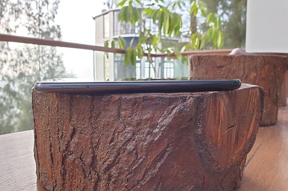 Samsung Galaxy M30, Ponsel Berbaterai Andal