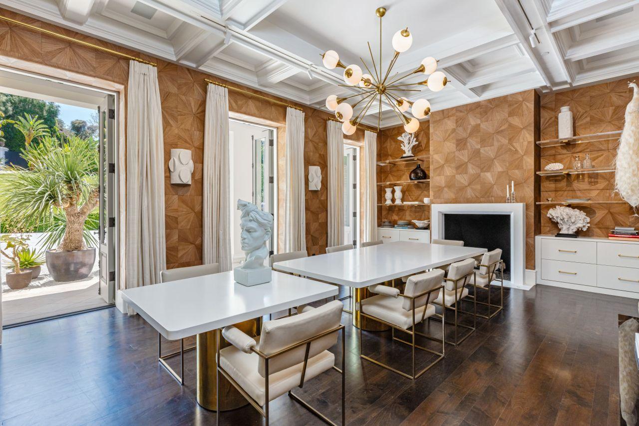 Rogoh Rp1 Triliun, The Weeknd Beli Rumah Paling Mahal di California