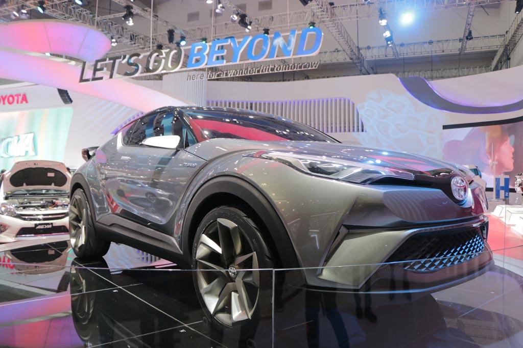 Toyota C-HR Hybrid Sambangi Indonesia Pekan Depan