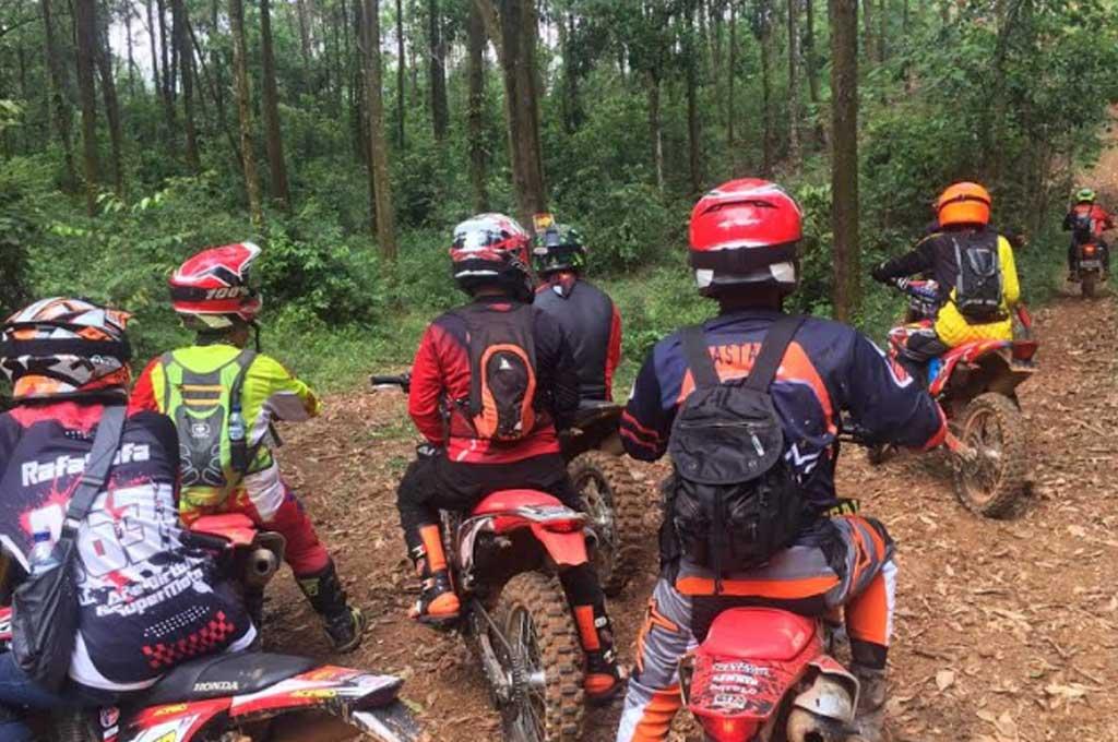 Seru-seruan Komunitas Honda CRF Main Motor 'Garuk Tanah'