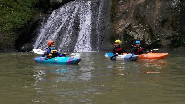 <i>Kayaking,</i> Gaya Traveling Antimainstream