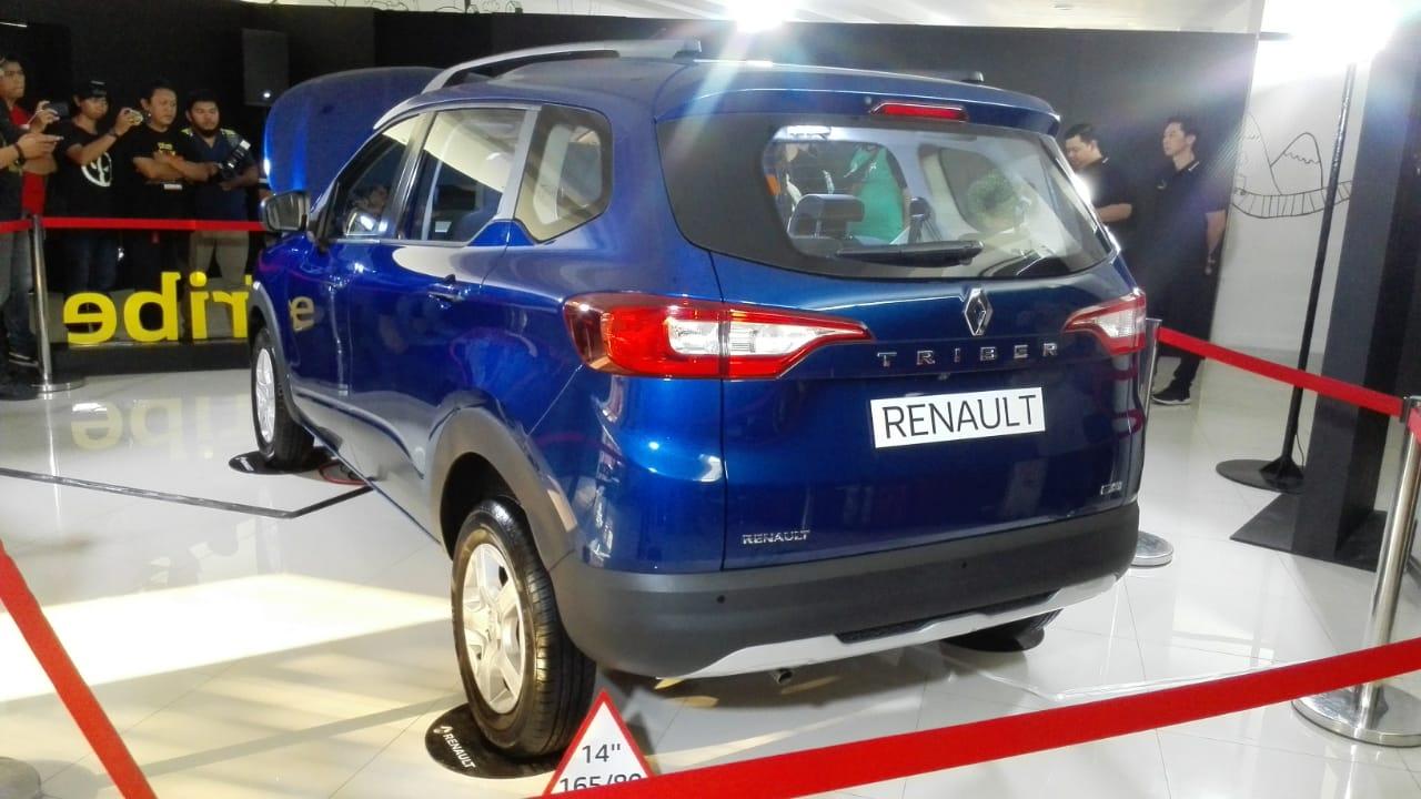 Renault Triber Malu-Malu di Indonesia