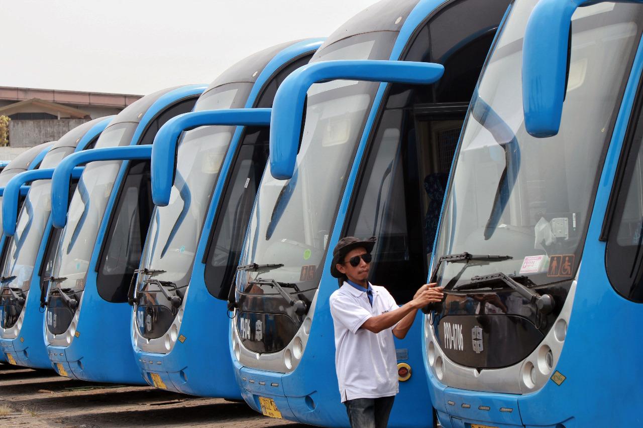 Perawatan Bus TransJakarta Harus Diperketat
