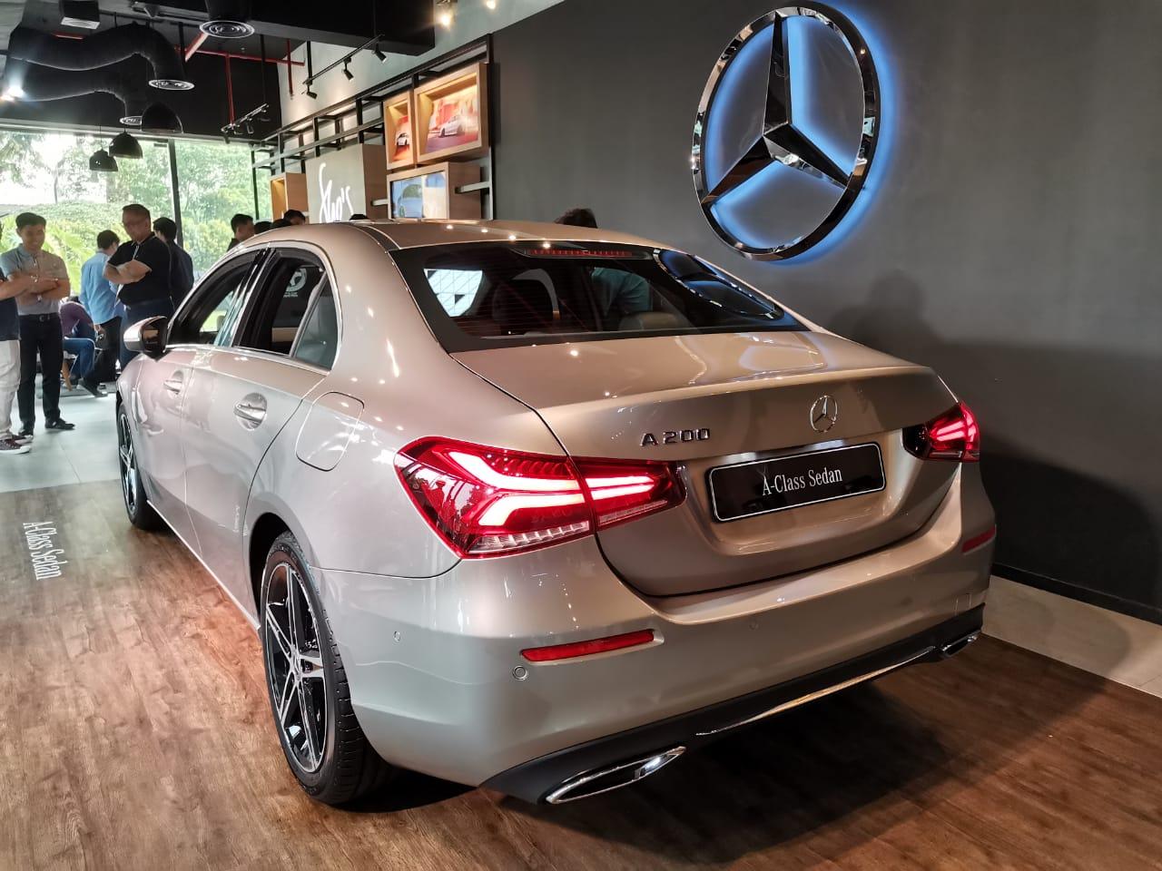 Mercedes-Benz Rambah Segmen Compact Sedan Melalui A-Class