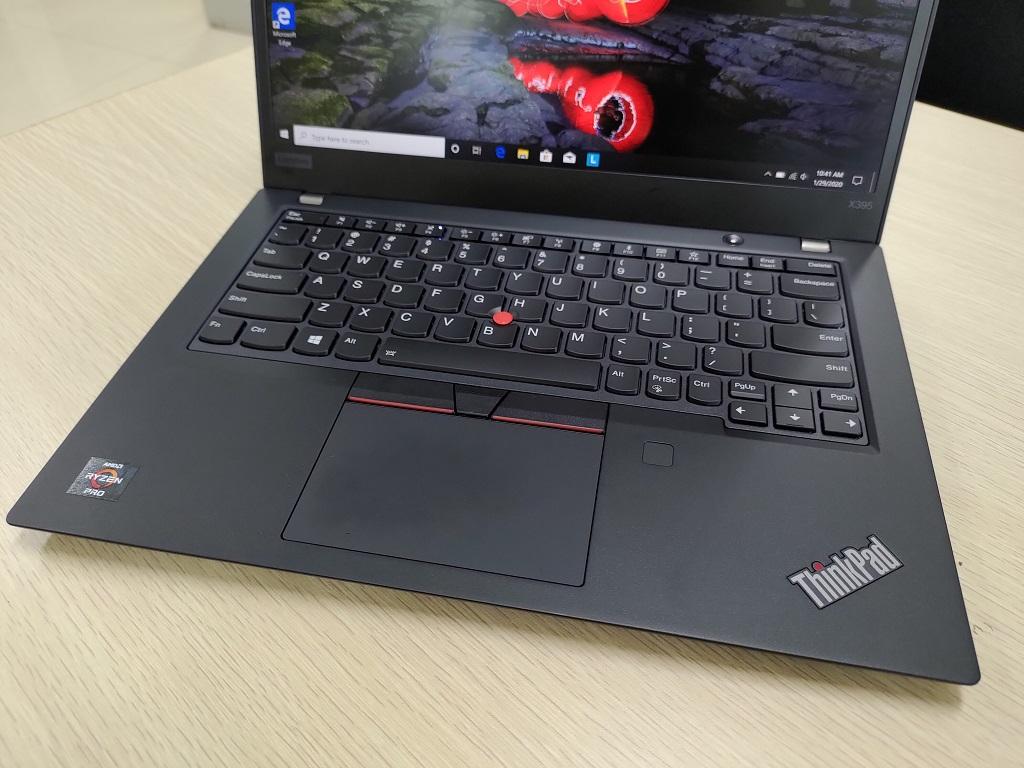 Lenovo ThinkPad X395, Desain Lawas tapi Tepat untuk Profesional