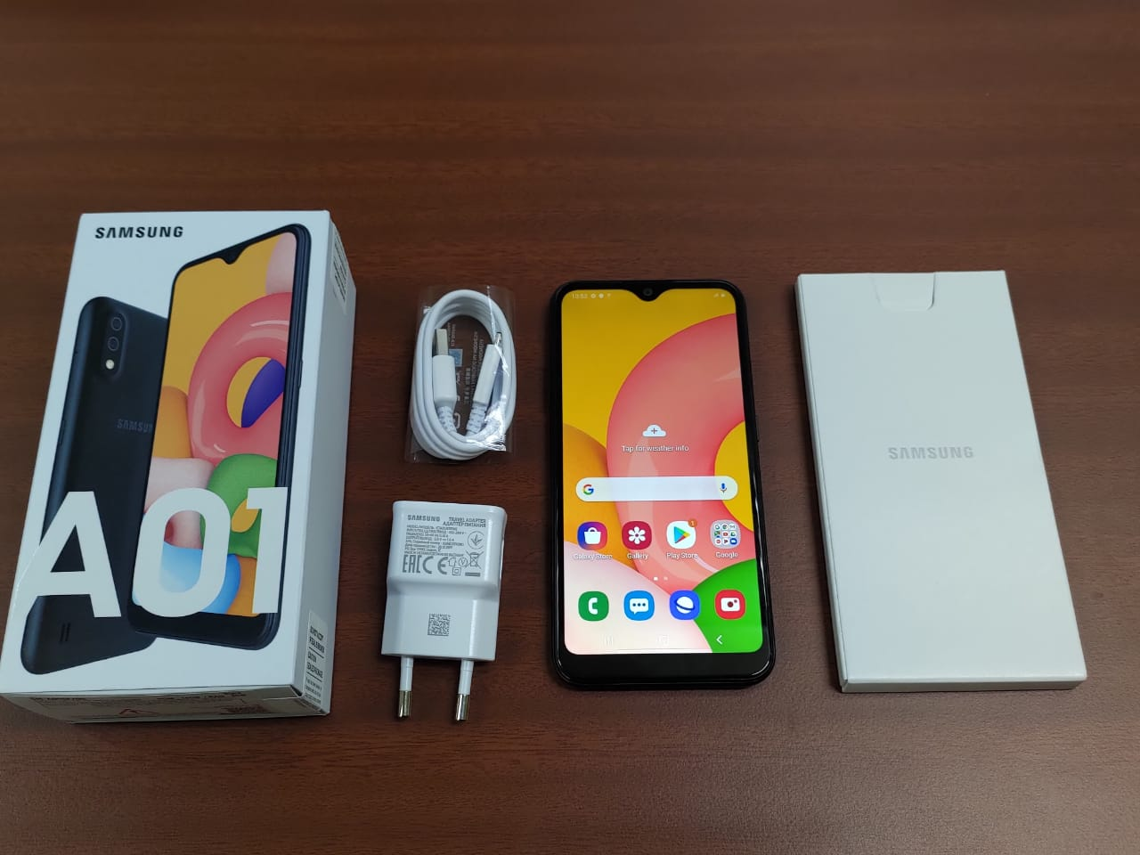 Unboxing Samsung Galaxy A01