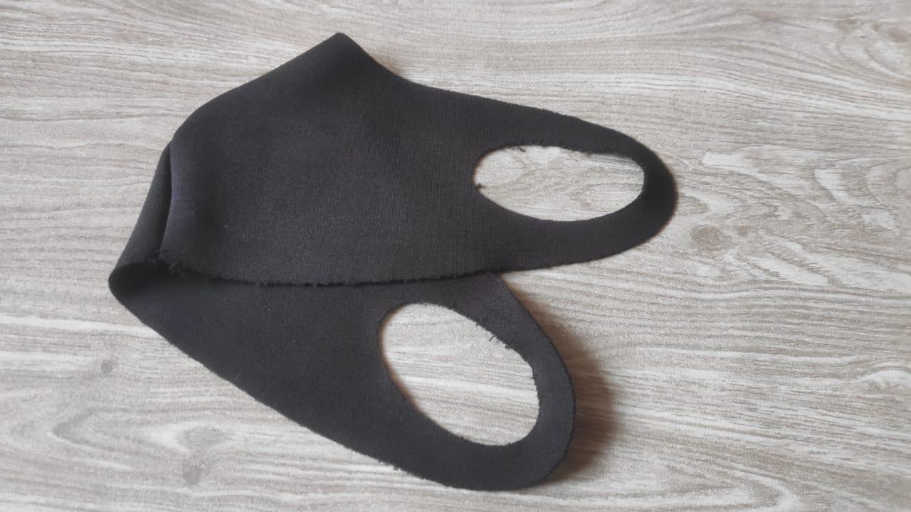 Kalau <i>Scuba</i> dan <i>Buff</i> Bisa Gantikan Masker, Sekalian Saja Pakai Kertas