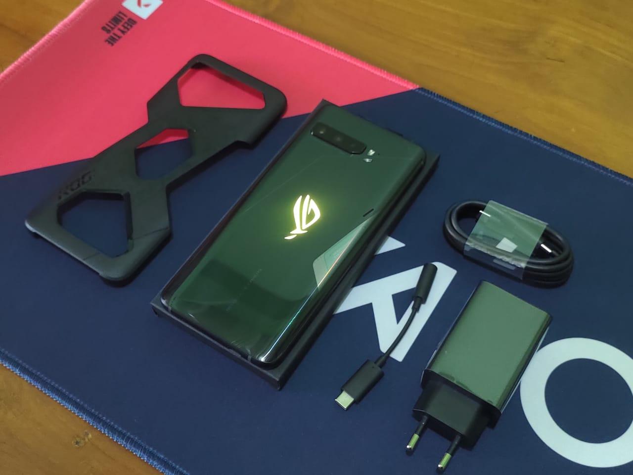 Unboxing HP Gaming Asus ROG Phone 3, Dapat Apa Saja?