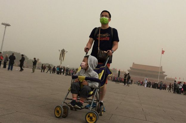 Badai Debu Landa Beijing dan Tiongkok Utara