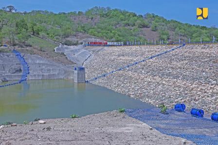 Bendungan Rotiklot Bisa Tampung 3,3 juta Meter Kubik Air