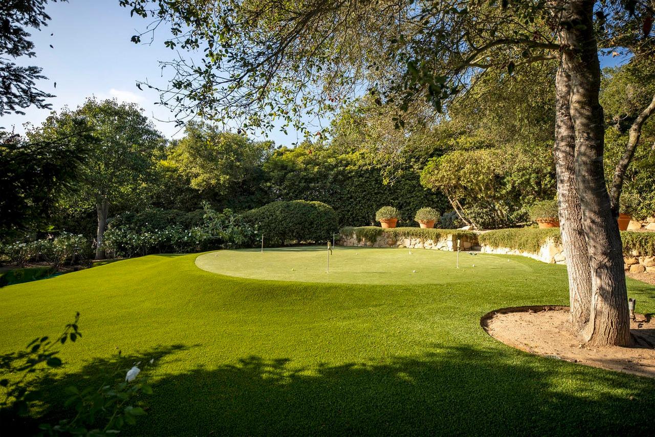 Adam Levine Beli Rumah Baru Rp326 Miliar, Ada Lapangan Golf hingga Tenis