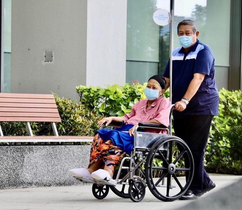SBY: Selamat Jalan Istri Tercinta