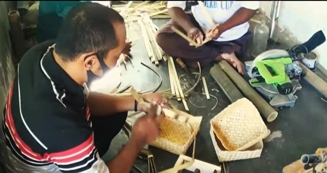 Kisah Mantan Penjual Bakso Membantu Penyandang Disabilitas