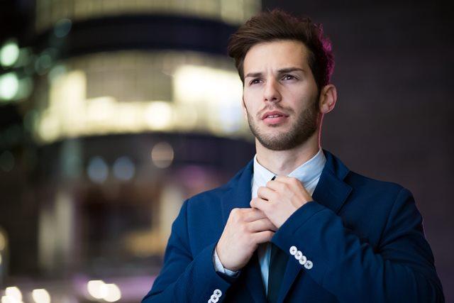 Kombinasi Warna Pakaian Terbaik untuk Pria