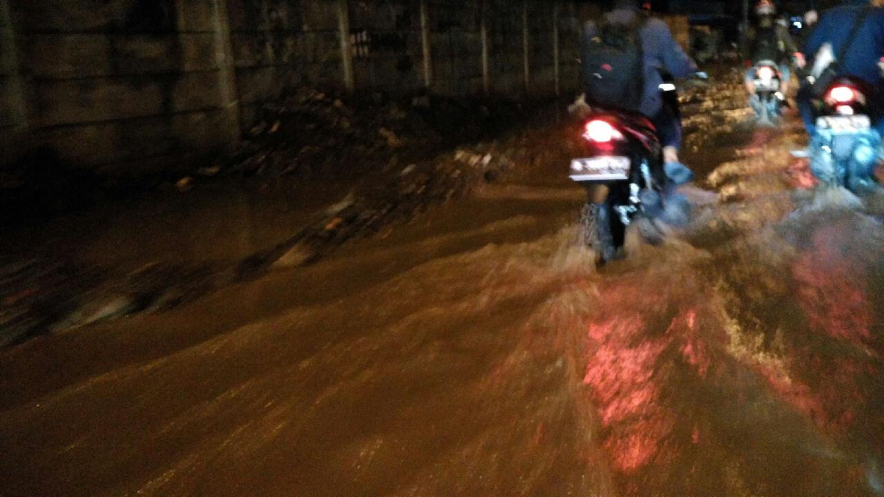 Terminal Tanjung Priok Banjir, Tiga Pompa Dikerahkan