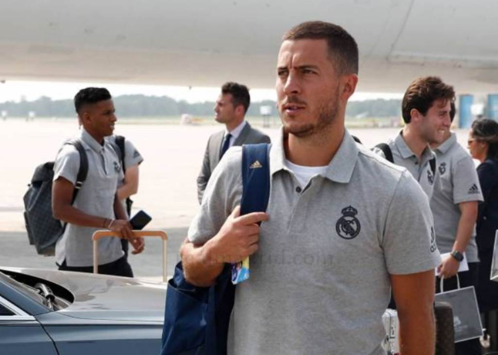 Belum Move on, Gambar Chelsea Masih Terpampang di Ponsel Hazard