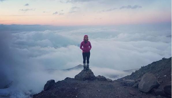 Putri Handayani, si Penakluk Gunung-gunung Tertinggi