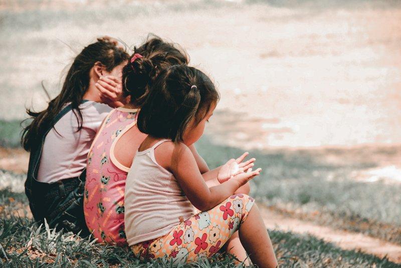 Cara Bijak Atasi Pertengkaran Anak