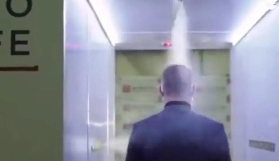 Mengulik Terowongan Disinfektan Anti Covid-19 di Kediaman Vladimir Putin