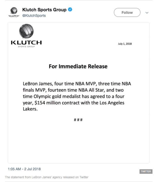 Resmi: LeBron James Gabung LA Lakers