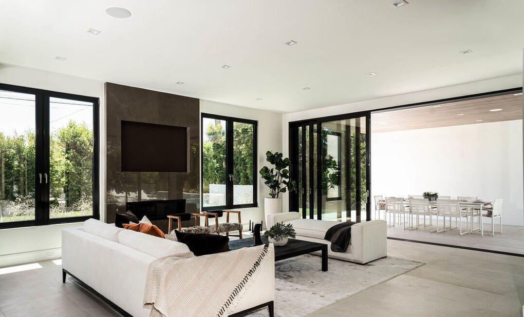 Bradley Beal Beli Rumah Terbesar di Venice Seharga Rp126 Miliar