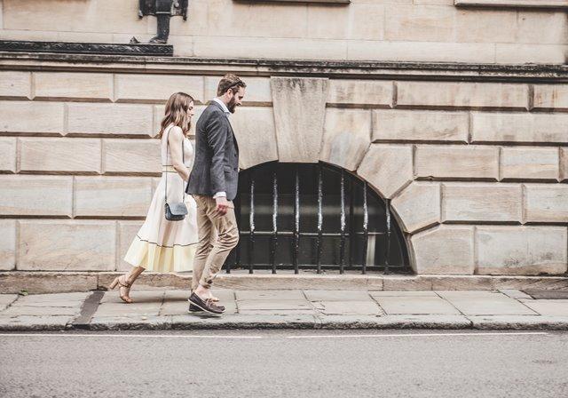 Tips Tetap Romantis Setelah Menikah