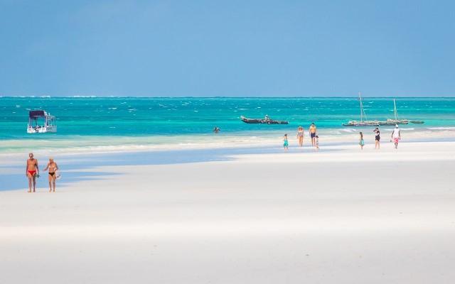 5 Pantai Eksotis untuk Liburan Akhir Tahun