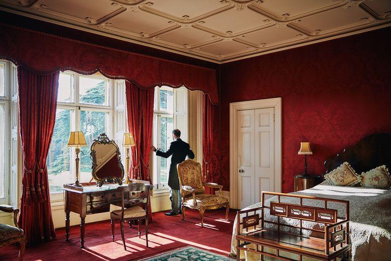 Sensasi Menginap di Kastil Serial Downton Abbey