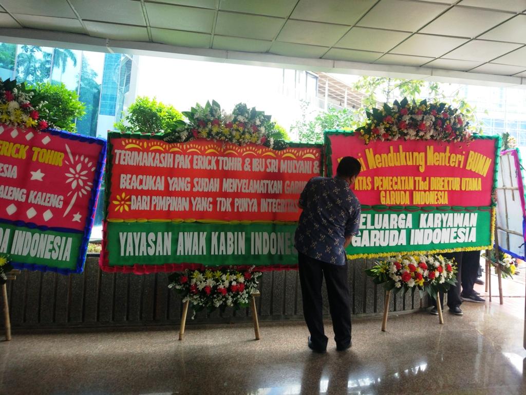 Dirut Garuda Dicopot, Kementerian BUMN Banjir Karangan Bunga
