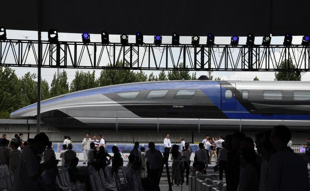 Kereta Layang Kecepatan Tinggi Milik Tiongkok Mulai Meluncur