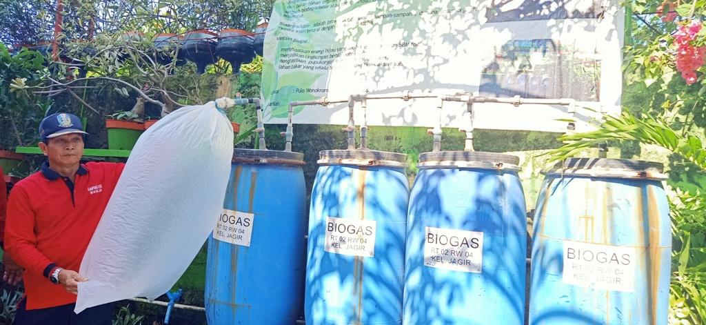 Sulap Sampah Jadi Energi Alternatif Ramah Lingkungan