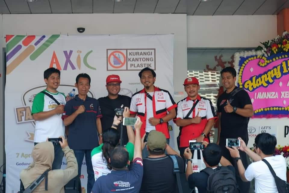 AXIC Ajak Pengunjung CFD Jakarta Kurangi Sampah Plastik
