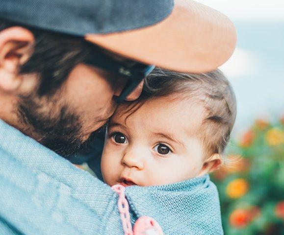 Lima Tips untuk Ayah Bantu Kelancaran ASI