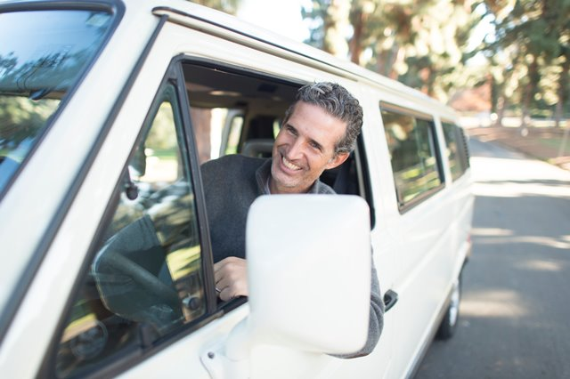 Efek Positif Menyanyi di dalam Mobil