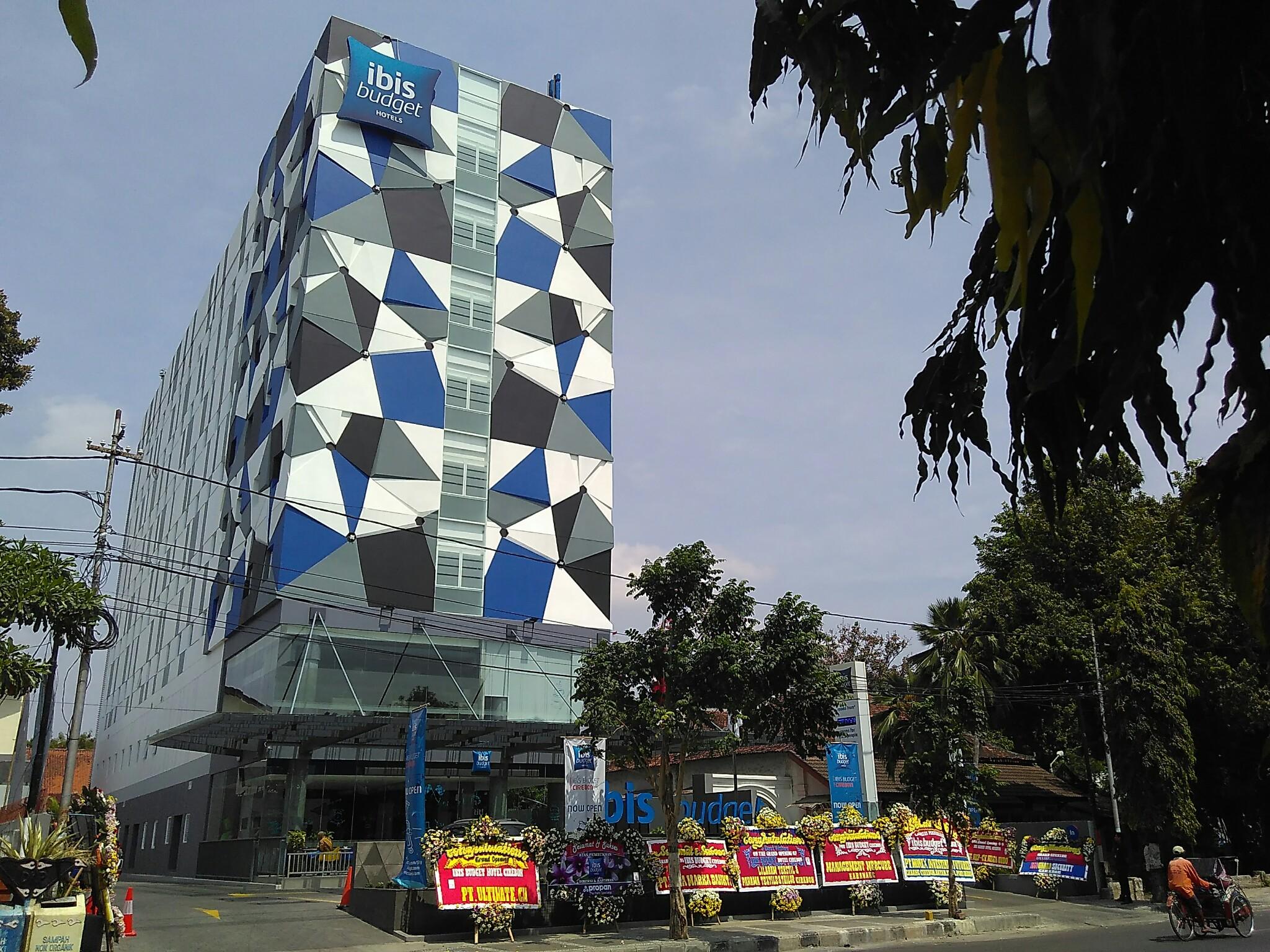 Hotel Berstandar Internasional Pertama di Cirebon Telah Dibuka