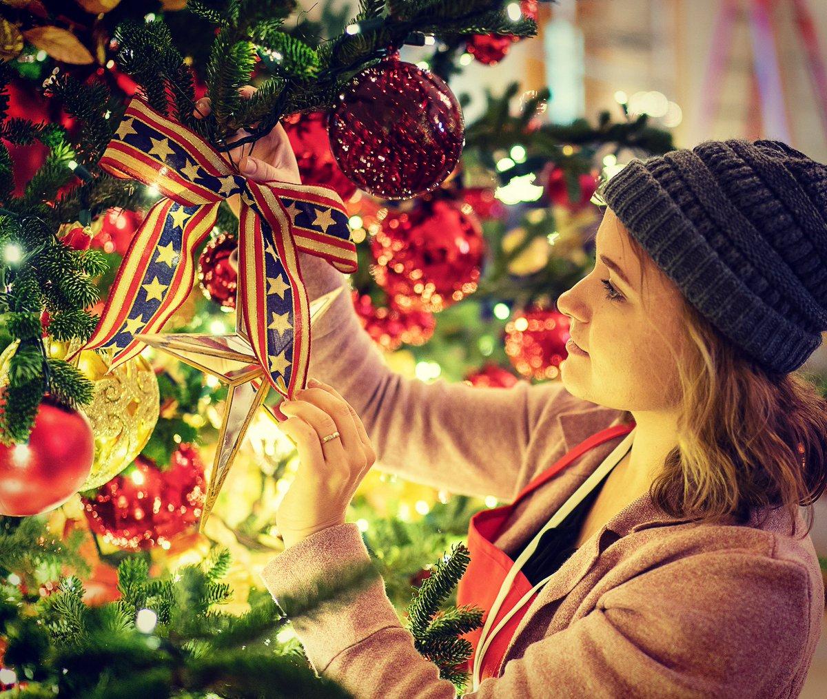 Dekorasi Natal Gedung Putih Bertema Patriotik