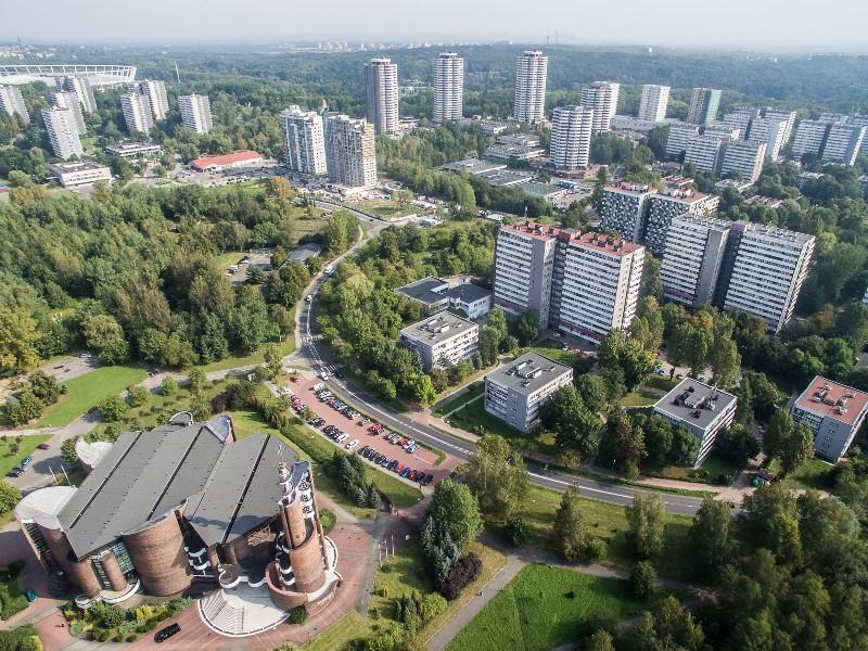5 Gereja dengan Bentuk Unik di Polandia
