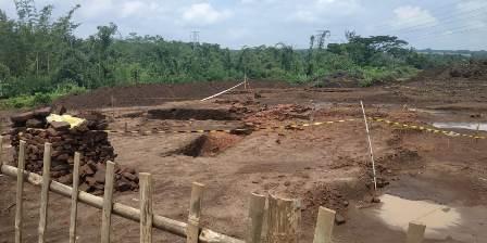Mendikbud Tinjau Langsung Temuan Situs di Proyek TransJawa