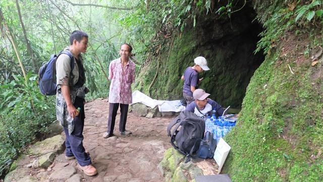 Penjaga Setia Gua Jepang di Yogyakarta