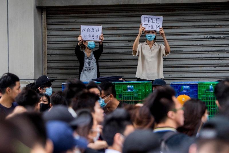 Gejolak Hong Kong dan Tanggapan 'Dingin' Tiongkok