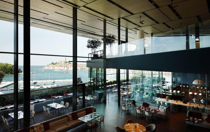 Desain Hotel dengan Nuansa Hutan dan Laut