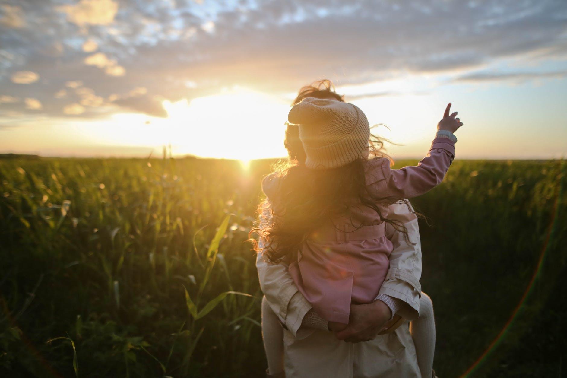 Mengajari Sopan Santun pada Anak Sesuai Usia