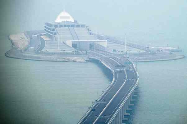 Belasan Fakta 'Tol Laut' Terpanjang Dunia