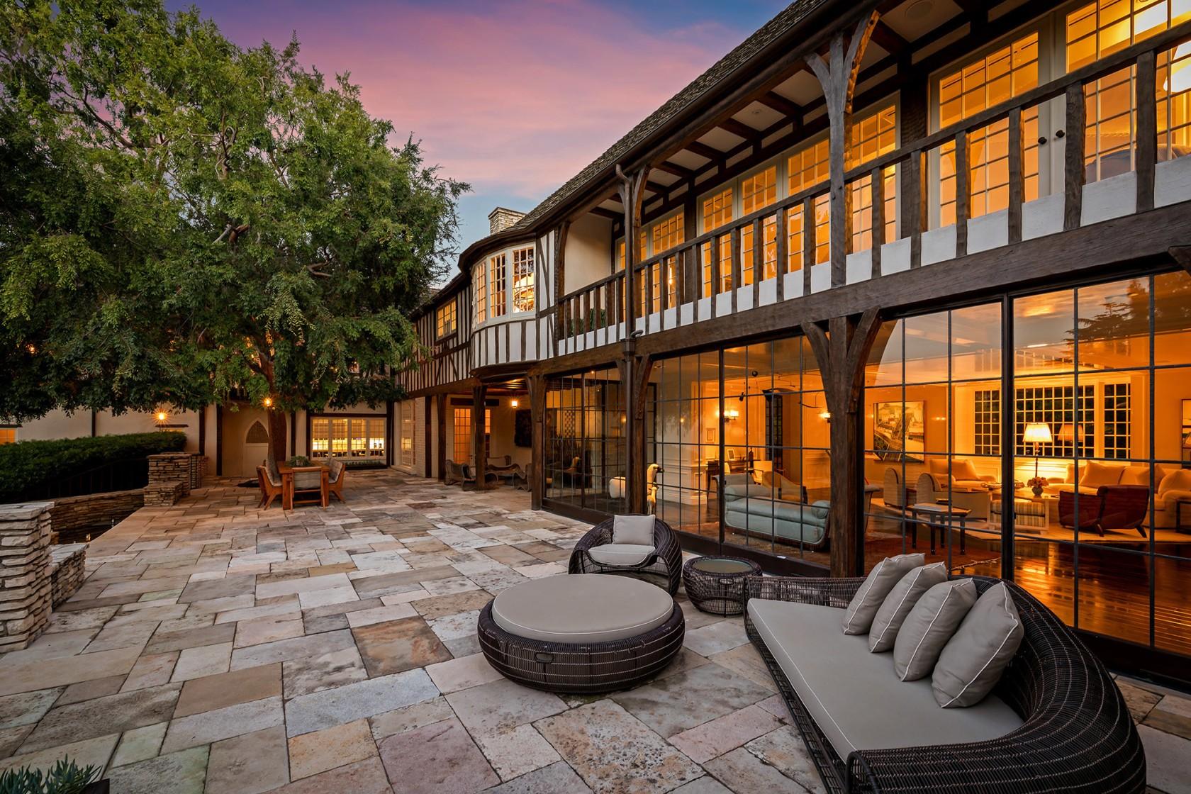 Rumah Bekas Brad Pitt dan Jennifer Aniston Dijual Rp479 Miliar