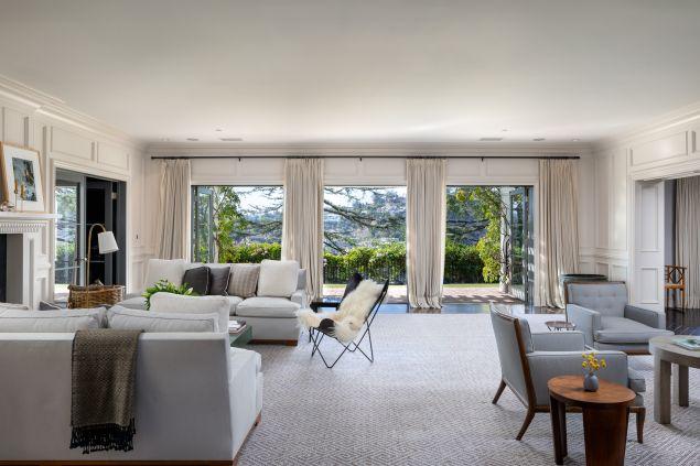 Jodie Foster Jual Rumah 'Tersembunyi' di Beverly Hills