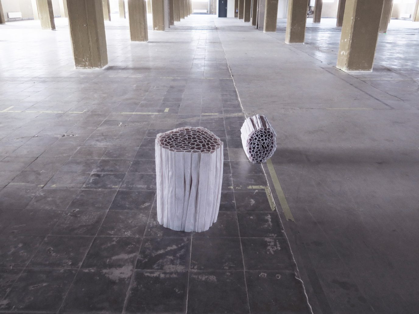 Unik, Furnitur dari Bahan Kertas